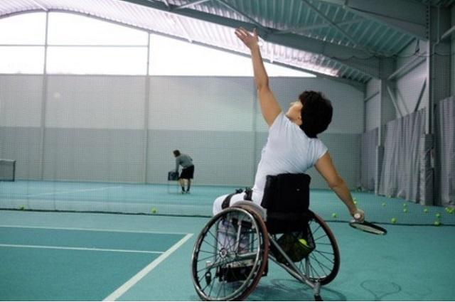 車椅子テニススクール